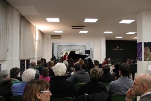 Emanuele Sartoris in concerto nello showroom di Piatino Pianoforti